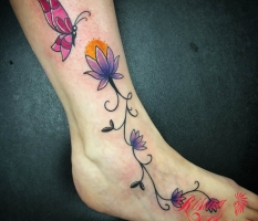 Dainty Flowers & Butterfly